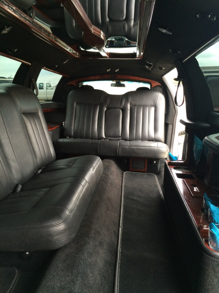 White Lincoln Stretch Inside 8-10 Passengers