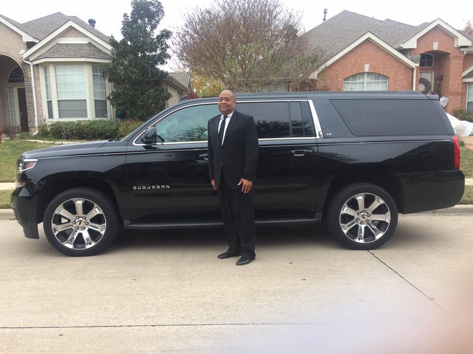 Black Suburban 6 Passenger Dallas,Texas