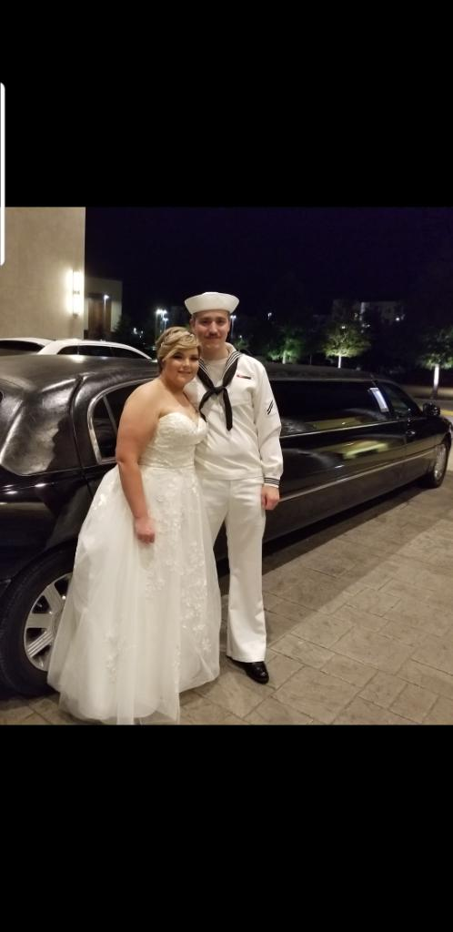 Coppell, Texas Wedding Limos Black Lincoln Stretch.